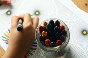 crayon arts and craft child close up
